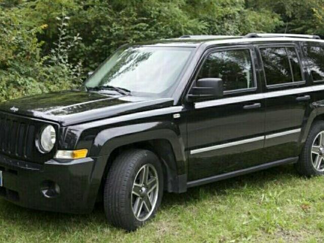 jeep patriot usata 213 jeep patriot in vendita autouncle. Black Bedroom Furniture Sets. Home Design Ideas