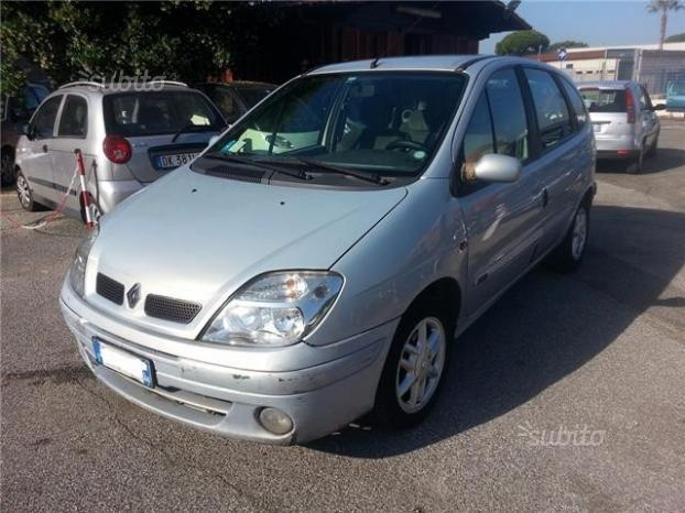 sold renault sc nic 1 9 dci 2002 used cars for sale autouncle. Black Bedroom Furniture Sets. Home Design Ideas