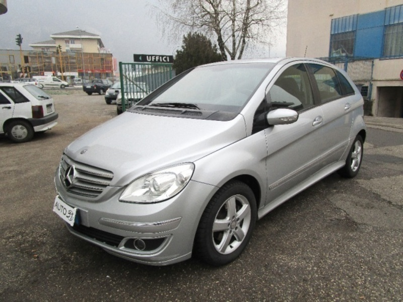 sold mercedes b200 cdi chrome used cars for sale autouncle. Black Bedroom Furniture Sets. Home Design Ideas