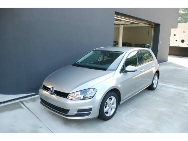 sold vw golf vii 7 1 2 tsi 5p tre used cars for sale autouncle. Black Bedroom Furniture Sets. Home Design Ideas