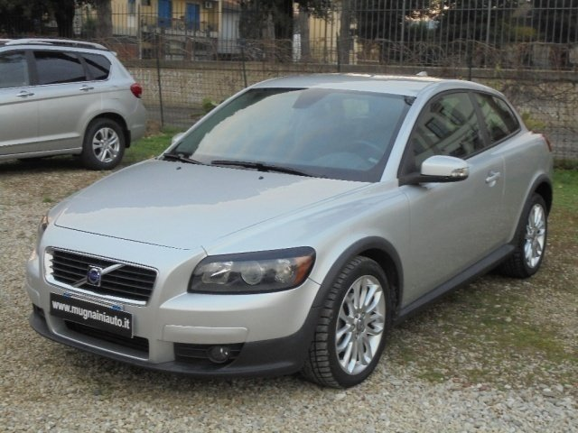 sold volvo c30 1 6 d r design unic used cars for sale autouncle. Black Bedroom Furniture Sets. Home Design Ideas
