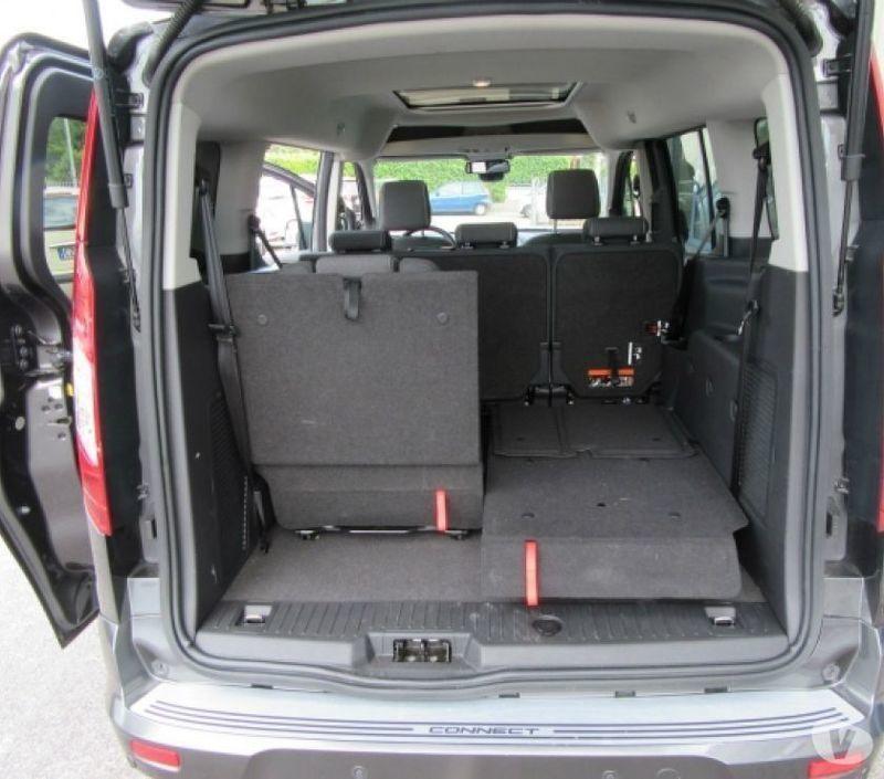 venduto ford tourneo connect 7 1 5 td auto usate in vendita. Black Bedroom Furniture Sets. Home Design Ideas