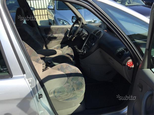 venduto citro n xsara picasso 2 0 hdi auto usate in vendita. Black Bedroom Furniture Sets. Home Design Ideas