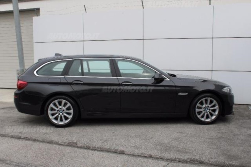sold bmw 520 serie 5 touring d bus used cars for sale autouncle. Black Bedroom Furniture Sets. Home Design Ideas