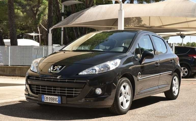 sold peugeot 207 1 4 hdi kw 50 cv used cars for sale autouncle. Black Bedroom Furniture Sets. Home Design Ideas