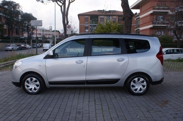 Sold dacia lodgy dci 110cv 7 posti used cars for sale for Dacia duster 7 posti