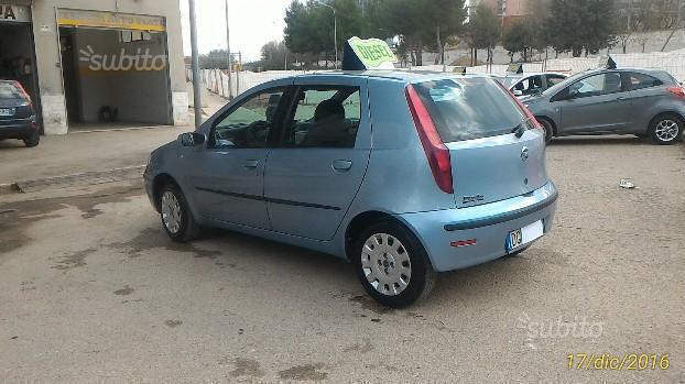 Sold Fiat Punto clic 1.3 multij. - used cars for sale - AutoUncle Fiat Punto Reggio Emilia on fiat bravo, fiat 500 turbo, fiat ritmo, fiat 500l, fiat linea, fiat panda, fiat marea, fiat multipla, fiat barchetta, fiat cinquecento, fiat 500 abarth, fiat cars, fiat stilo, fiat seicento, fiat x1/9, fiat coupe, fiat doblo, fiat spider,