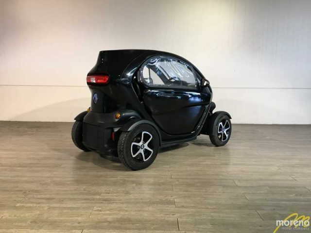 venduto renault twizy 80 auto usate in vendita. Black Bedroom Furniture Sets. Home Design Ideas
