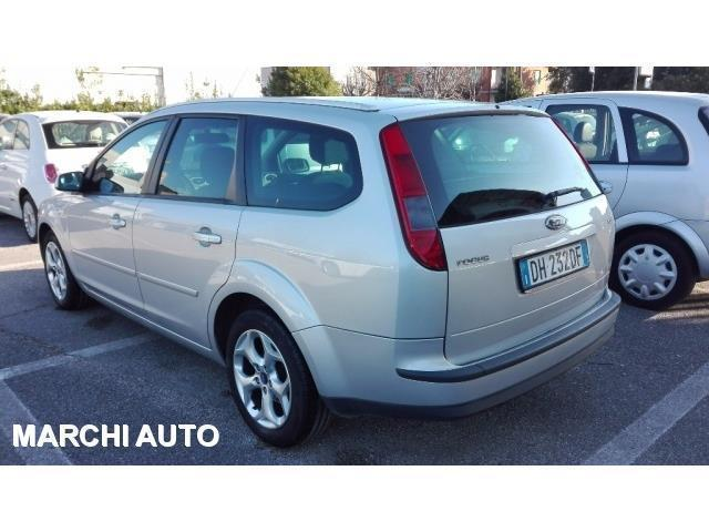 sold ford focus 1 6 tdci 90cv used cars for sale autouncle. Black Bedroom Furniture Sets. Home Design Ideas