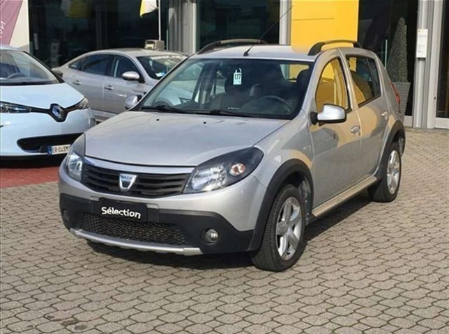 usato stepway 1 5 dci 90cv con gancio traino dacia sandero 2012 km in troia fg. Black Bedroom Furniture Sets. Home Design Ideas