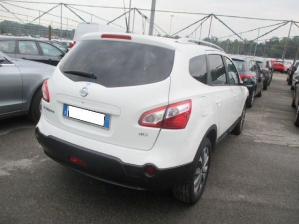 sold nissan qashqai 2 2 0 dci dpf used cars for sale autouncle. Black Bedroom Furniture Sets. Home Design Ideas