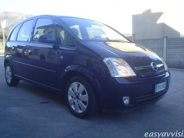 usato 1 7 cdti 101cv cosmo opel meriva 2004 km in latina. Black Bedroom Furniture Sets. Home Design Ideas