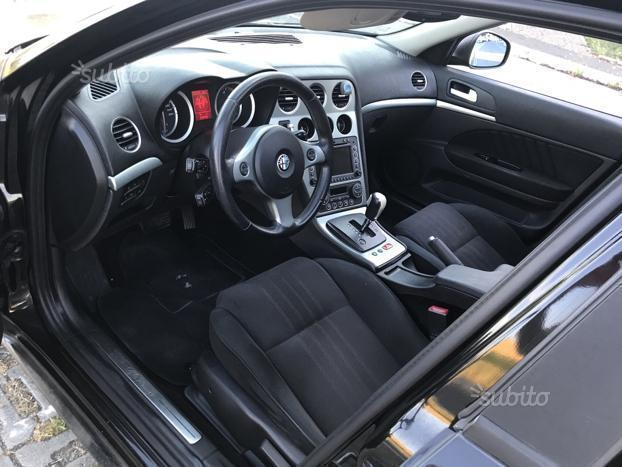 sold alfa romeo 159 2 4 jtdm 20v 2 used cars for sale autouncle. Black Bedroom Furniture Sets. Home Design Ideas