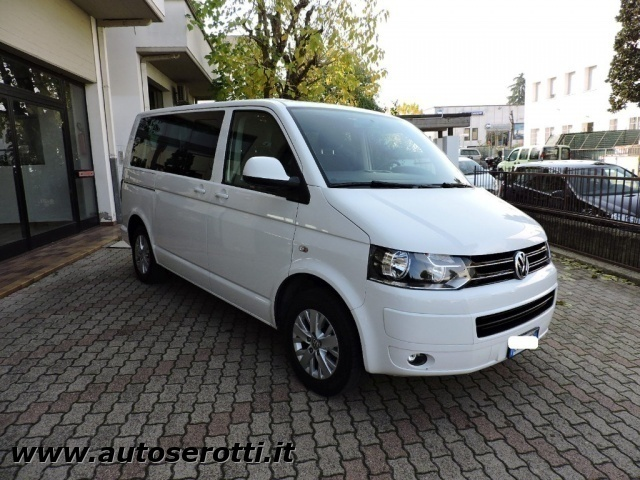 venduto vw caravelle 2 0 tdi 140cv t5 auto usate in vendita. Black Bedroom Furniture Sets. Home Design Ideas