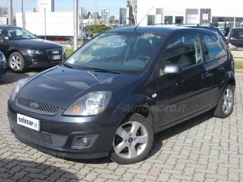 usato 1 4 tdci 3p clever ford fiesta 2007 km in novara. Black Bedroom Furniture Sets. Home Design Ideas