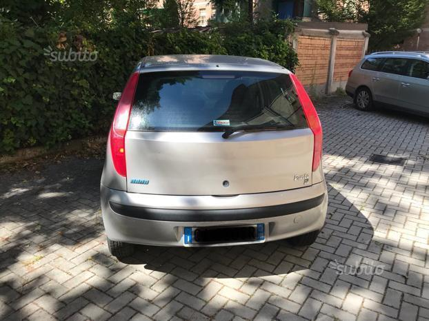 Fiat Punto Seconda Serie on fiat spider, fiat cinquecento, fiat coupe, fiat panda, fiat doblo, fiat linea, fiat 500 abarth, fiat cars, fiat stilo, fiat bravo, fiat ritmo, fiat 500l, fiat seicento, fiat marea, fiat 500 turbo, fiat x1/9, fiat multipla, fiat barchetta,