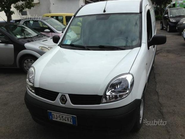 sold renault kangoo 1 5 dci 60cv 3 used cars for sale autouncle. Black Bedroom Furniture Sets. Home Design Ideas