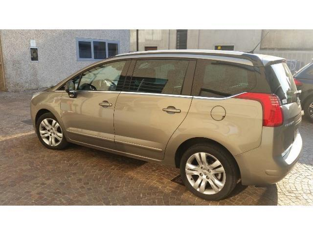 sold peugeot 5008 business used cars for sale autouncle. Black Bedroom Furniture Sets. Home Design Ideas