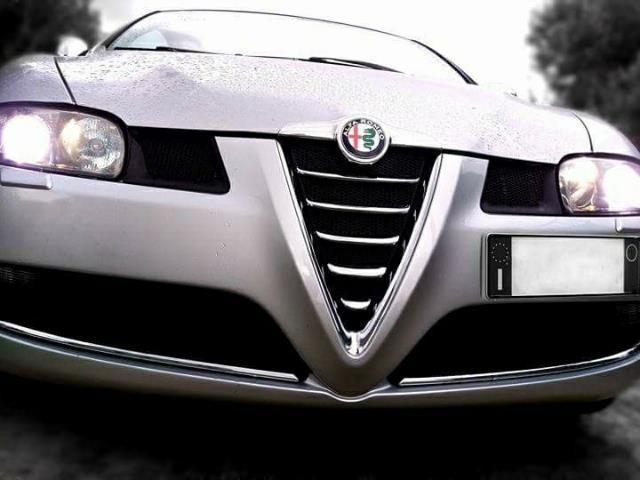 venduto alfa romeo gt 2 0 jts 16v lux auto usate in vendita. Black Bedroom Furniture Sets. Home Design Ideas