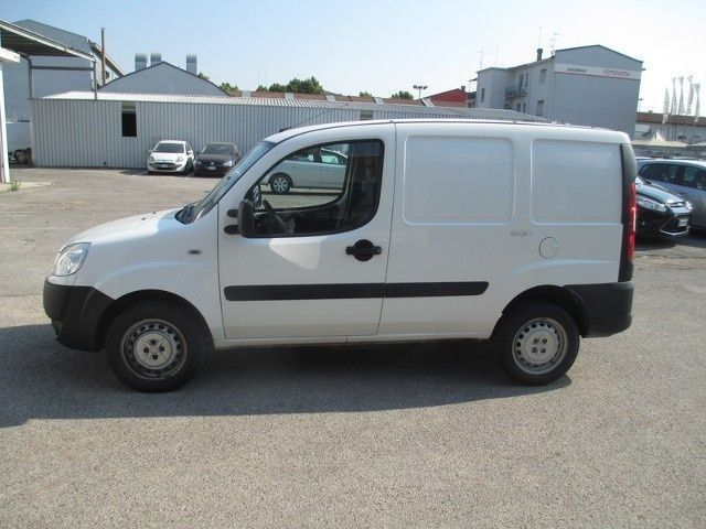 Sold Fiat Dobl Cargo 2005 13 Mul Used Cars For Sale Autouncle