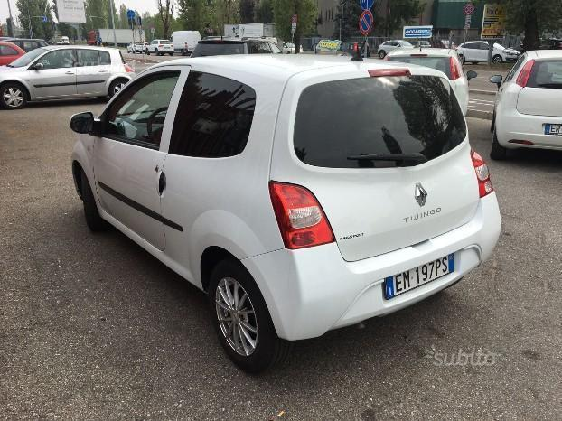 sold renault twingo 1 5 diesel au used cars for sale autouncle. Black Bedroom Furniture Sets. Home Design Ideas
