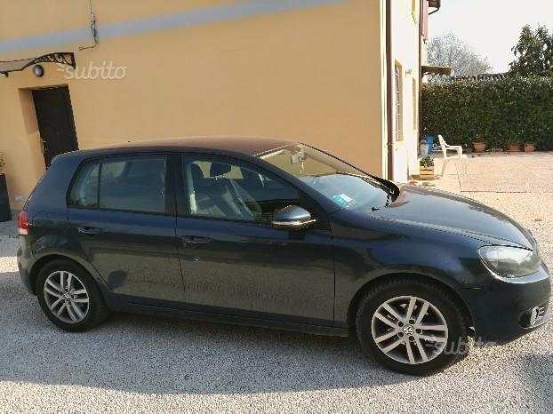 sold vw golf vi 1 6 tdi 105 cv 5p used cars for sale autouncle. Black Bedroom Furniture Sets. Home Design Ideas