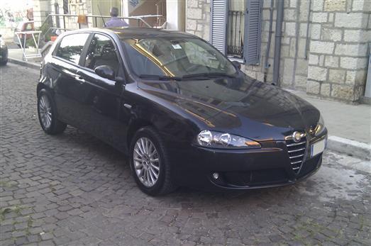 sold alfa romeo 147 147 1 9 jtd used cars for sale autouncle. Black Bedroom Furniture Sets. Home Design Ideas