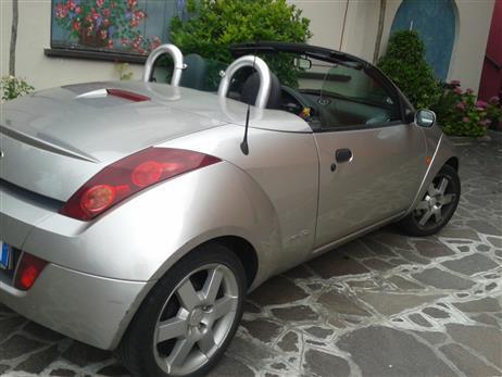 venduto ford streetka cabrio anno auto usate in vendita. Black Bedroom Furniture Sets. Home Design Ideas