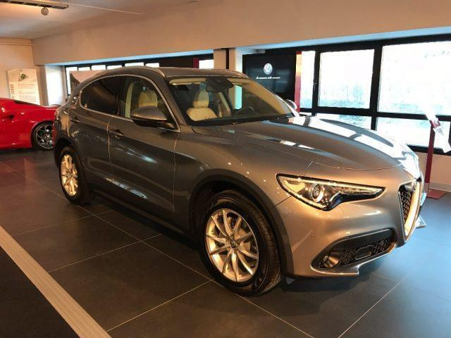 sold alfa romeo stelvio pack lusso used cars for sale autouncle. Black Bedroom Furniture Sets. Home Design Ideas