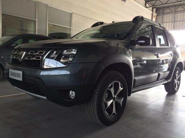 Sold dacia duster km 0 del 2017 ad used cars for sale for Dacia duster 2017 interni