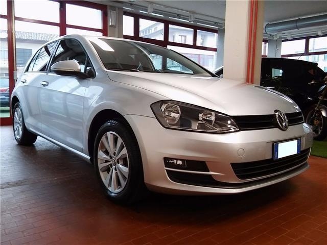 usato 1 2 tsi 105 cv 5p comfortline blue vw golf 2013 km in pabillonis. Black Bedroom Furniture Sets. Home Design Ideas