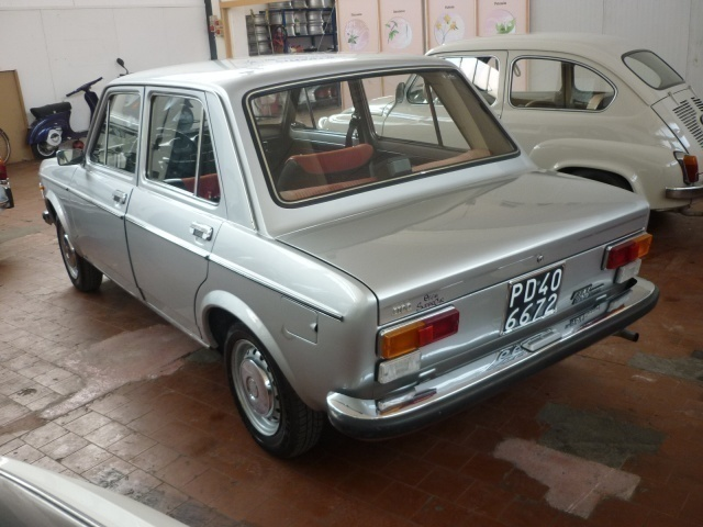 fiat 1300 iava with 26062849 Fiat 128 Berlina Special 1100 on Los Mejores IAVA additionally Los Mejores IAVA besides Fiat 147 Abarth Rebaixado likewise 26062849 Fiat 128 Berlina Special 1100 as well Search.