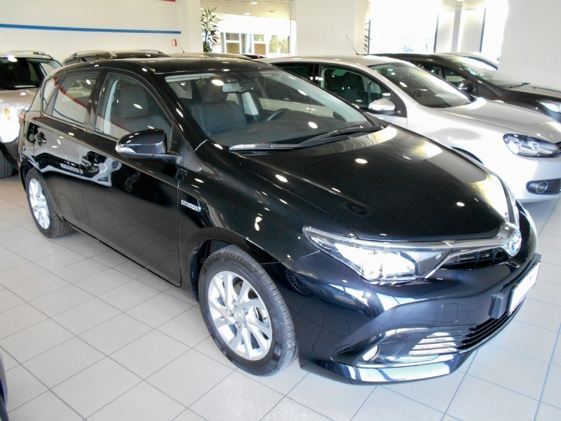 sold toyota auris 1 8 hybrid cool used cars for sale autouncle. Black Bedroom Furniture Sets. Home Design Ideas