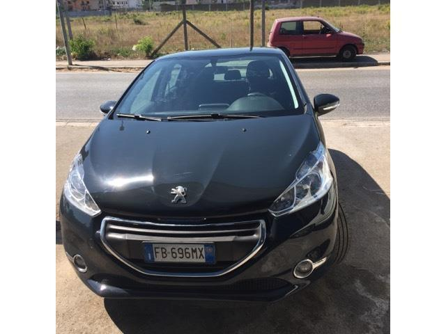 sold peugeot 208 puretech 82 5p g used cars for sale autouncle. Black Bedroom Furniture Sets. Home Design Ideas