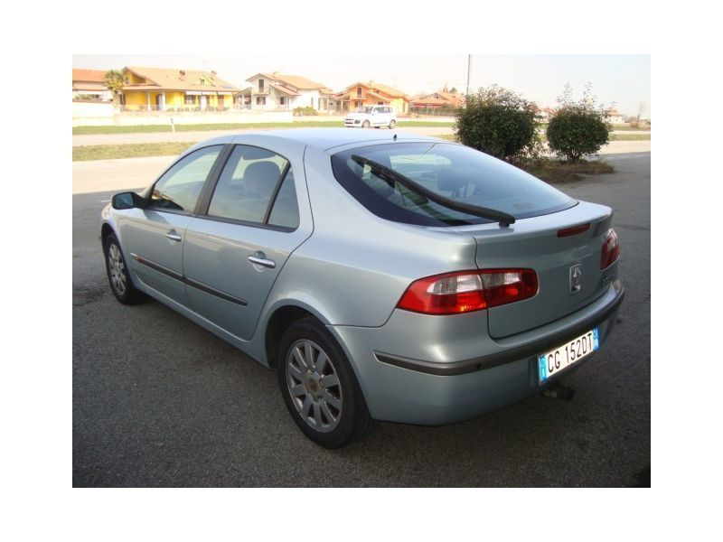 usato laguna 1 9 dci 120cv cat dynamique renault laguna ii 2003 km in i castelletto. Black Bedroom Furniture Sets. Home Design Ideas