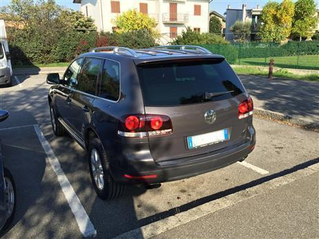 sold vw touareg 2 5 r5 tdi dpf used cars for sale. Black Bedroom Furniture Sets. Home Design Ideas