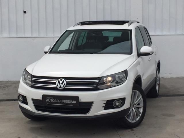 sold vw tiguan 2 0 tdi 140 cv spor used cars for sale autouncle. Black Bedroom Furniture Sets. Home Design Ideas