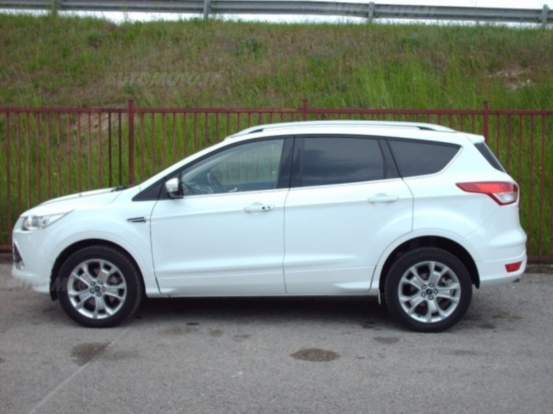 sold ford kuga 2 0 tdci 140 cv 4wd used cars for sale autouncle. Black Bedroom Furniture Sets. Home Design Ideas