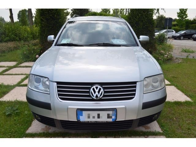 sold vw passat 1 9 tdi 130 cv avan used cars for sale autouncle. Black Bedroom Furniture Sets. Home Design Ideas