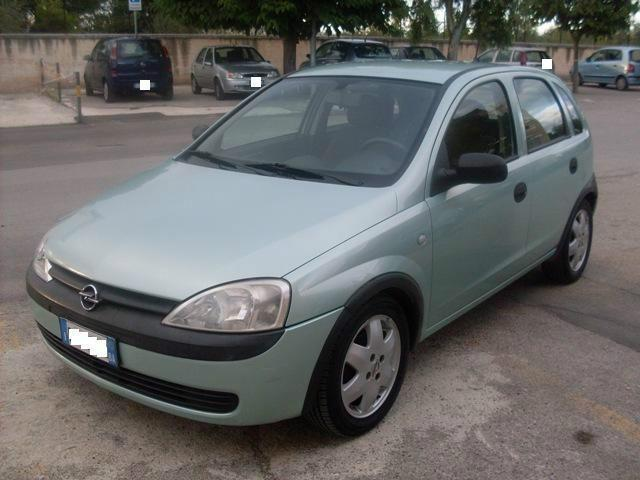 sold opel corsa diesel 2002 used cars for sale autouncle. Black Bedroom Furniture Sets. Home Design Ideas