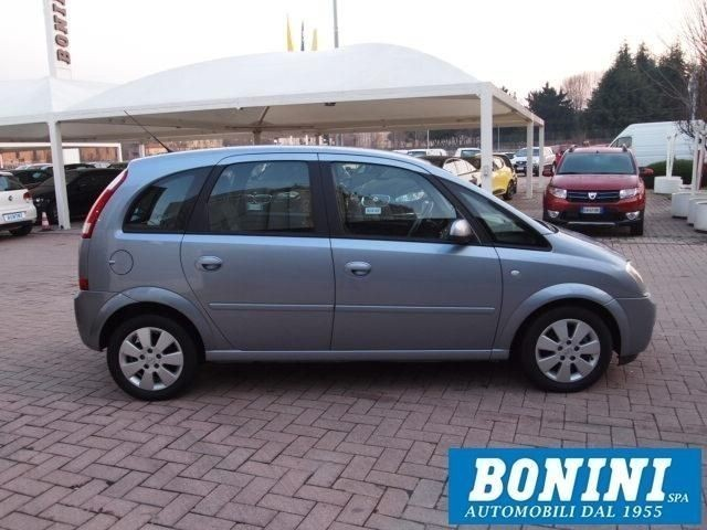 usato 1 7 dti cosmo 75cv opel meriva 2005 km in. Black Bedroom Furniture Sets. Home Design Ideas