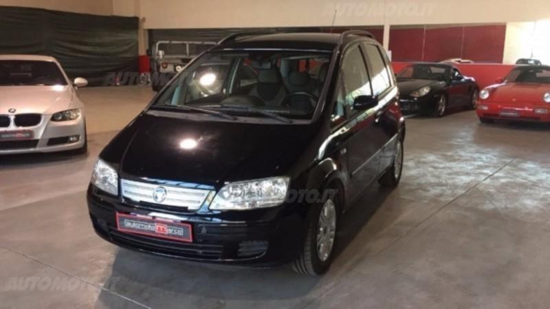Sold fiat idea 1 3 mjt 70cv van dy used cars for sale for Consumo del fiat idea 1 4
