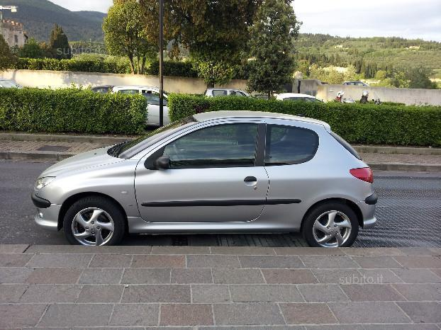 sold peugeot 206 2 0 hdi 3p xs used cars for sale autouncle. Black Bedroom Furniture Sets. Home Design Ideas