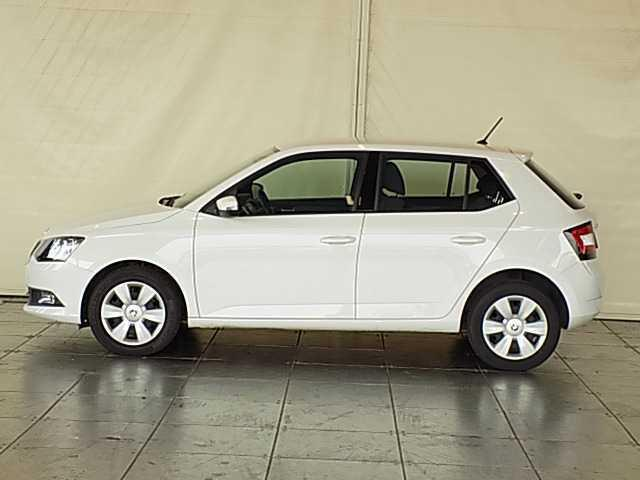 sold skoda fabia 1 0 ambition mpi used cars for sale autouncle. Black Bedroom Furniture Sets. Home Design Ideas