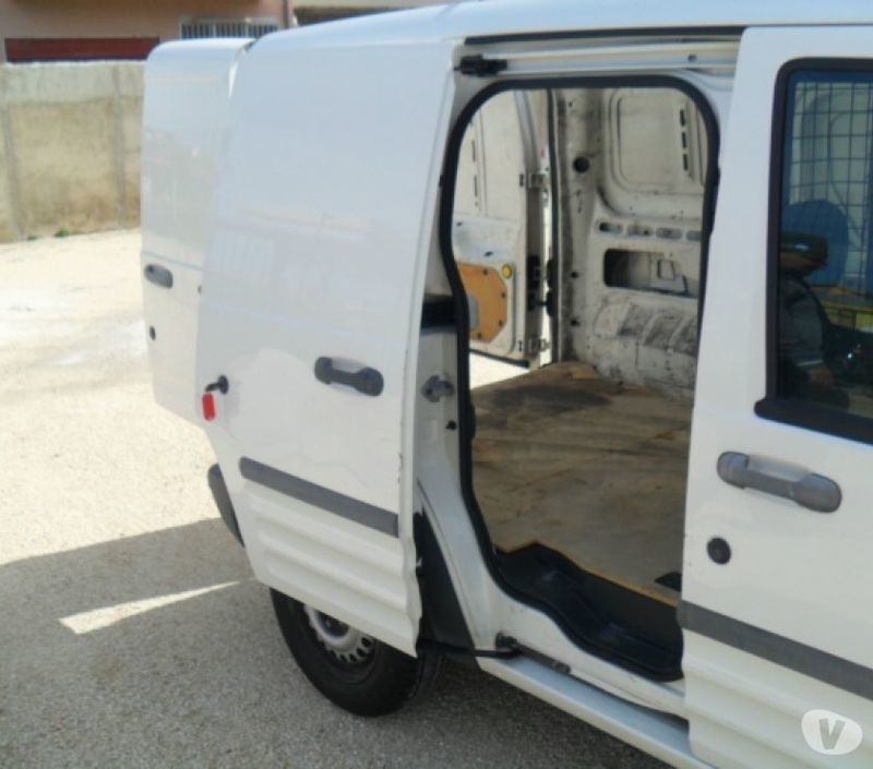 Used Ford Transit Connect In Widnes Cheshire: Sold Ford Transit Connect 200S 1.8.