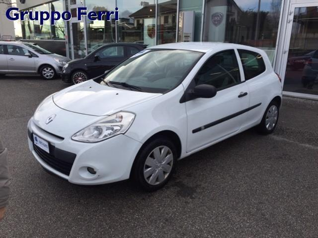 sold renault clio iii 1 5 dci 90cv used cars for sale autouncle. Black Bedroom Furniture Sets. Home Design Ideas
