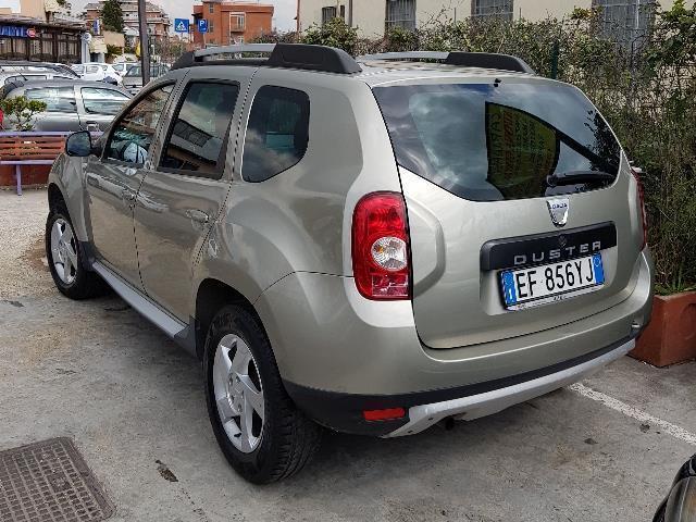 Sold dacia duster 1 6 110cv 4x2 la used cars for sale for Interni dacia duster laureate