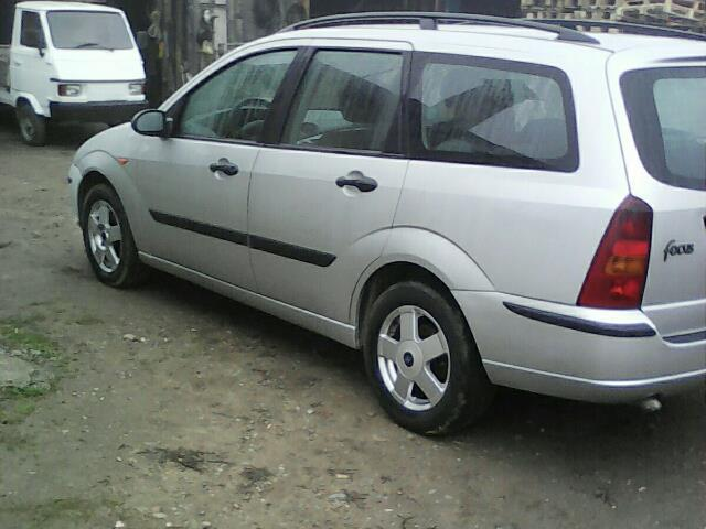 sold ford focus 1 8 tdci 115cv s used cars for sale autouncle. Black Bedroom Furniture Sets. Home Design Ideas