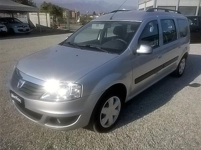 sold dacia logan mcv 1 6 85cv gpl used cars for sale autouncle. Black Bedroom Furniture Sets. Home Design Ideas