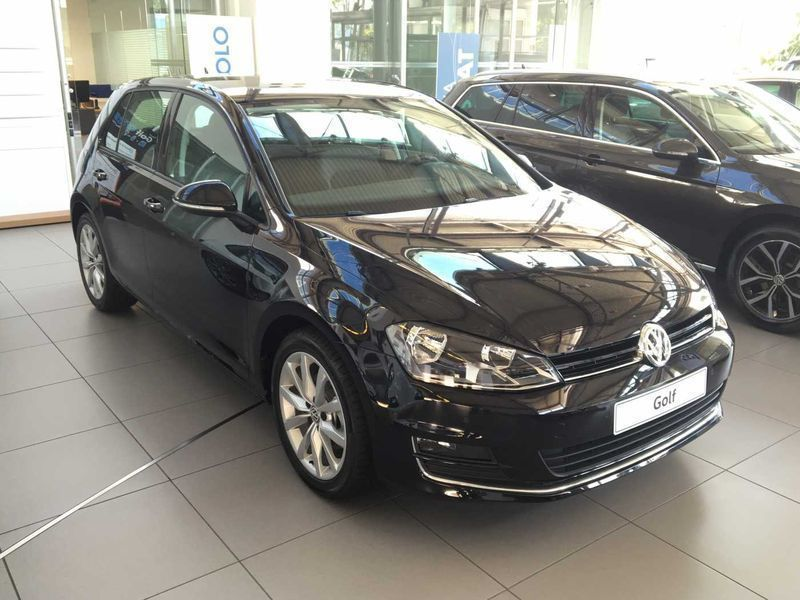 sold vw golf vii golf 7 1 6 tdi 11 used cars for sale autouncle. Black Bedroom Furniture Sets. Home Design Ideas
